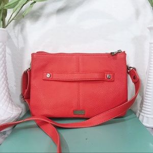 NWOT Thirty-One Jewell Coral Leather Crossbody